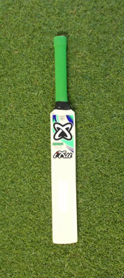 Cricket Company : Cricket Bats : IXU Mini Bat
